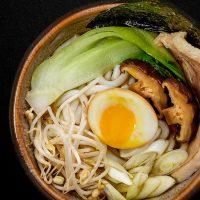 inki-makisushi-restaurant-ramen-carne